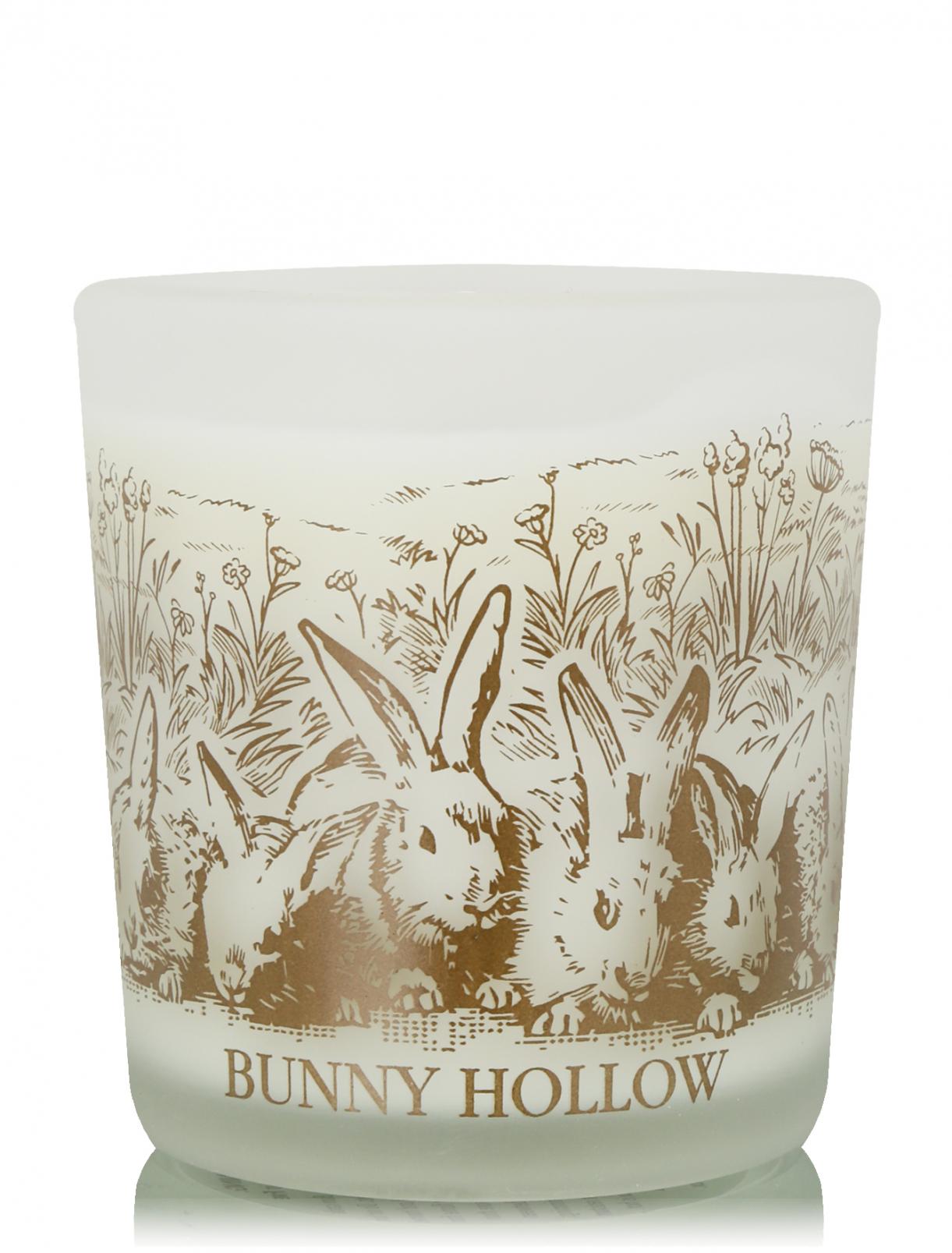 Свеча в подарочной коробке Bunny Hollow 8х8х10 см MichelDesignWorks  –  Общий вид