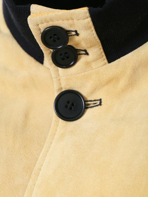 Куртка кожаная на пуговицах  - Деталь